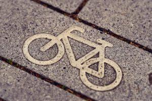 Андре Петтинга: «Зачем взгромождать велосипед на пешеходную дорожку?»